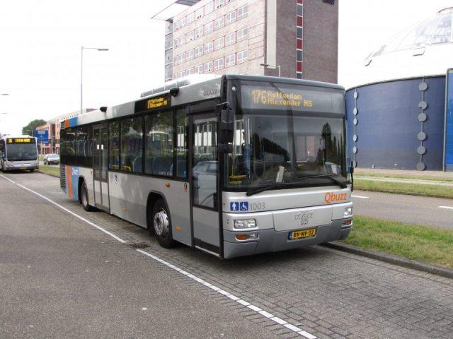 De Qbuzz 1003 bij station Rotterdam Alexander, september 2009