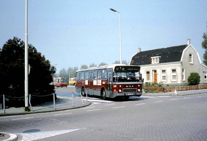 Bus 497 DAF-Hainje, lijn 52, Tramstation Spijkenisse, Dorpsstraat