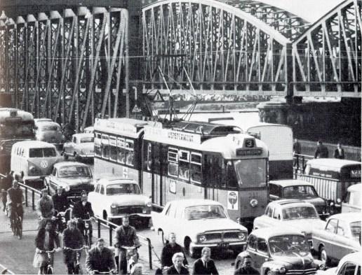 Motorrijtuig 232, Willemsbrug, lijn 3, 1959