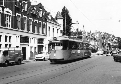 Motorrijtuig 252, lijn 22, Walenburgerweg