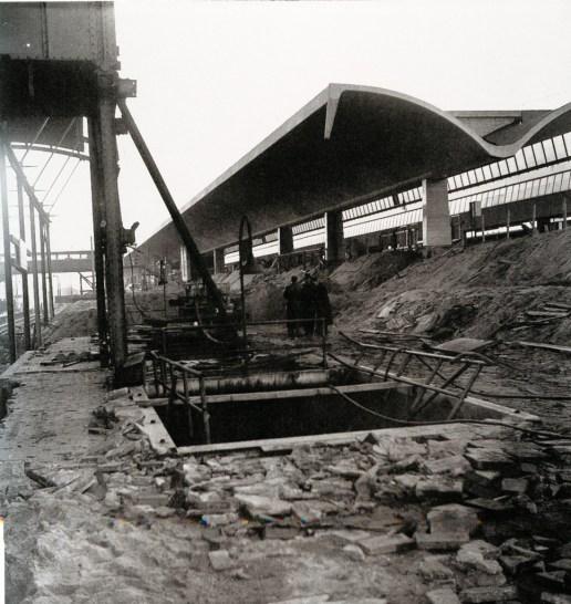 De aanleg van het nieuwe station Rotterdam Centraal, 1954