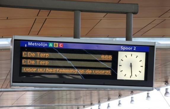 Het elektronisch routebord voor de Metro.
