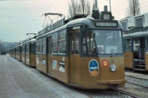 Motorrijtuig 14, met de Schindler serie buiten dienst, CW Kleiweg, 9-1983