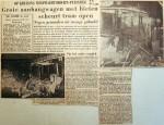19551119 Bietenaanhanger scheurt tram open (RN)