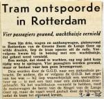 19561009 Tram ontspoorde in Rotterdam