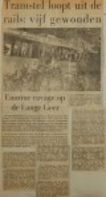19561009-Tramstel-loopt-uit-de-rails
