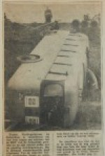 19601109-B-Bus-kantelt-in-berm-HVV