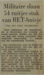 19601114-Militairen-slaan-ruitjes-stuk-HVV