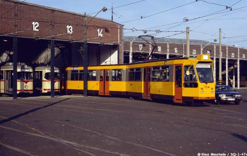 Motorrijtuig 704, testritten Dusseldorf, 11-1982 (foto: Klaus Meschede)