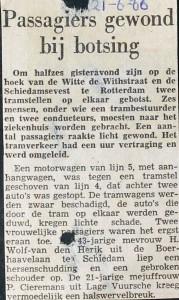 19660621 Passagiers hewond bij botsing.