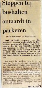 19680210 Stoppen bij bushalten ontaardt in parkeren