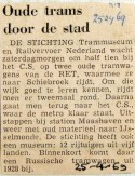 19690425 Oude trams door de stad (RN)