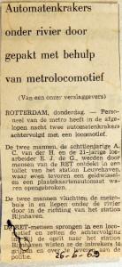 19690626 Automatenkrakers onder rivier gepakt