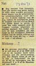19710823 Nat op de metrotrap