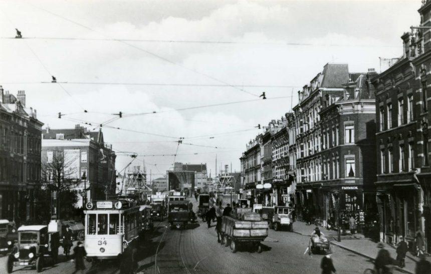 Motorrijtuig 34, lijn 6, Van der Takstraat,  29-10-1927 (repro: H. Duparc)