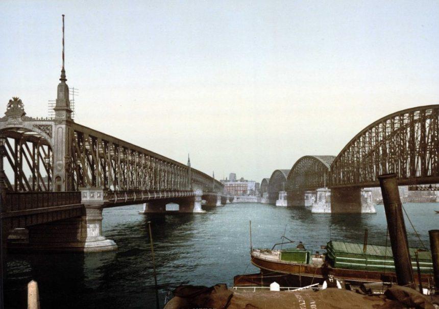 Willemsbrug en spoorbrug over de Nieuwe Maas, 1895 (foto: Library of Congress)