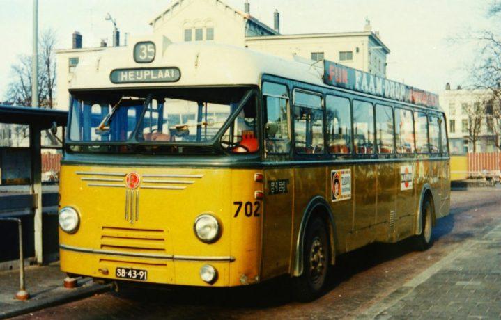 Bus 702, Kromhout-Hainje, lijn 35, Rochussenstraat, 1965 (Verzm. C. Scholte)