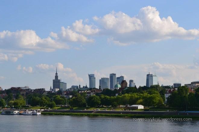 Warszawa z prawego brzegu Wisły