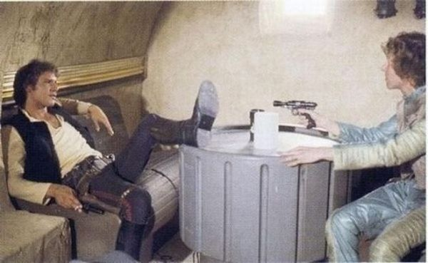 Harrison Ford as Han Solo and Paul Blake as Greedo - Star Wars Behind the Scenes