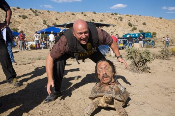 Breaking Bad Behind the Scenes Photo - Dean Norris (Hank Schrader) with Danny Trejo's Severed Head on a Tortoise
