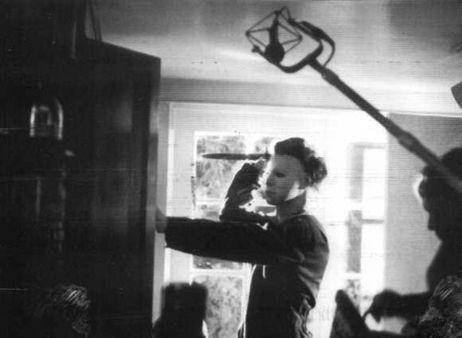 halloween behind the scenes - Michael Myers in Bob Simms death scene