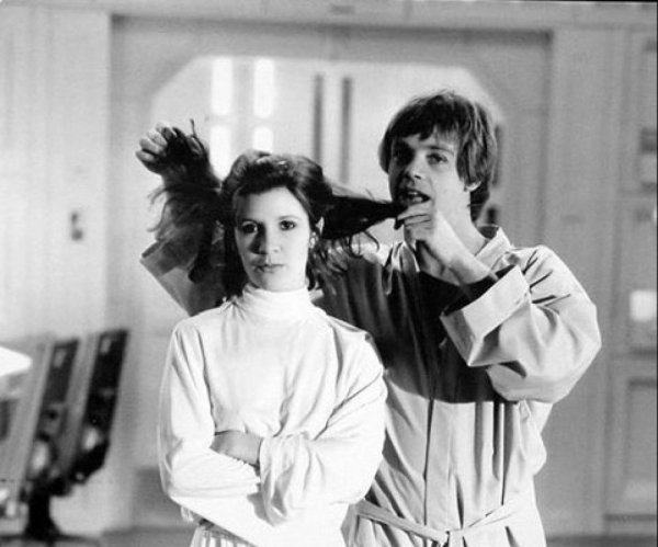 Princess Leia (Carrie Fisher) and Luke Skywalker (Mark Hamill) - Star Wars Empire Strikes Back Behind the Scenes