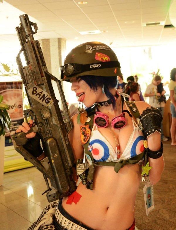 Bang - Tank Girl Cosplay by Kay Lynn