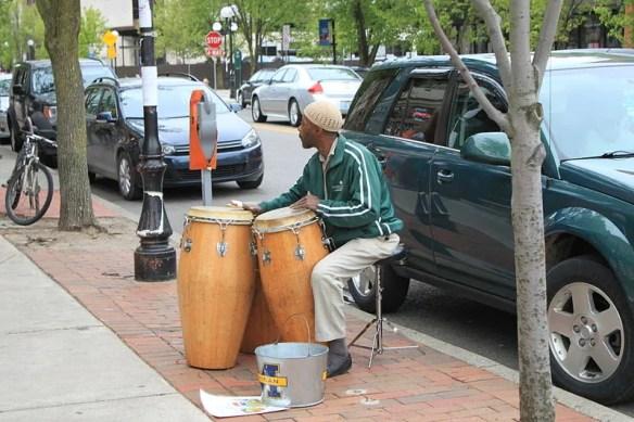 Street musician - Wikipedia