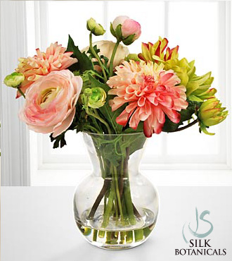 Dahlia Amp Ranunculus Bouquet In Glass Vase Royal Fleur Florist Larkspur CA 94939