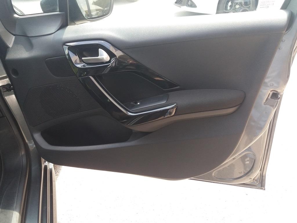 Peugeot 208 PureTech 82 5p Active (30)