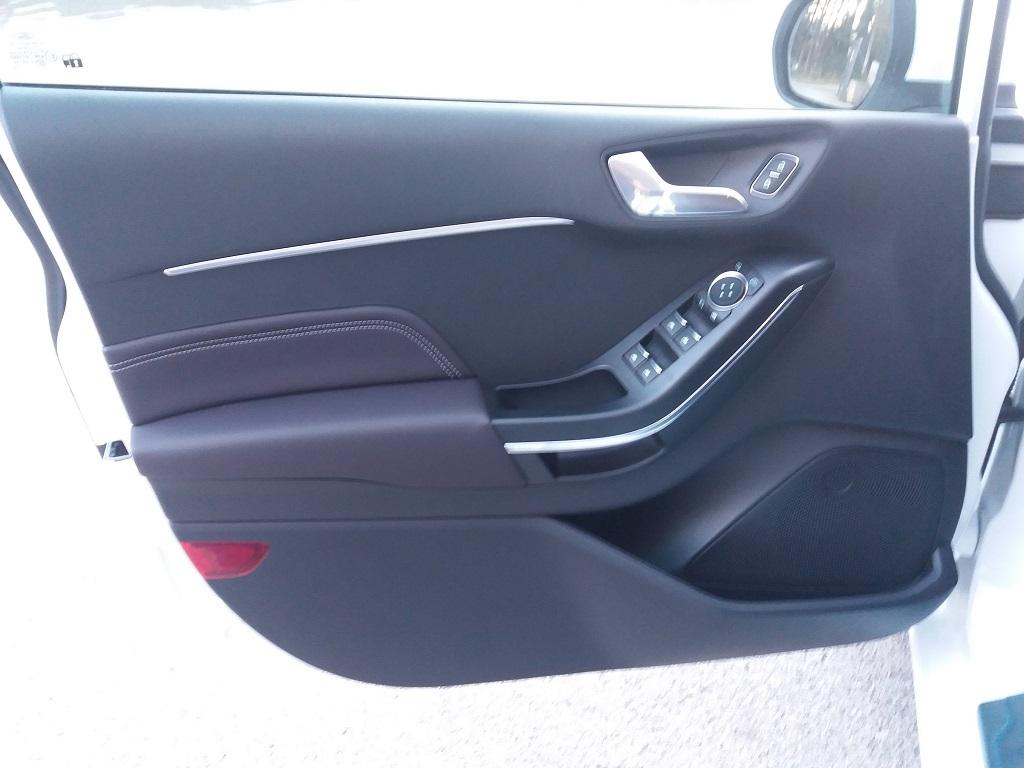 Ford Fiesta Vignale 1.5 TDCi 85 cv 5p (42)