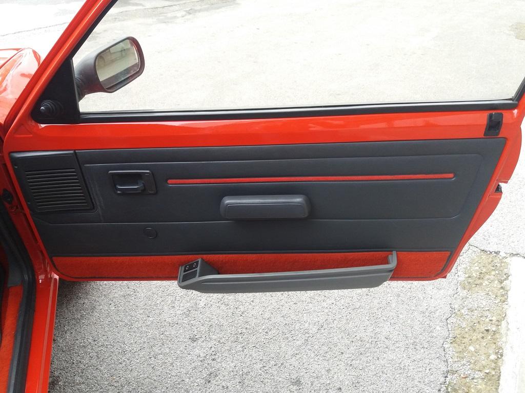 Peugeot 205 1.9 GTI 130 cv (19)