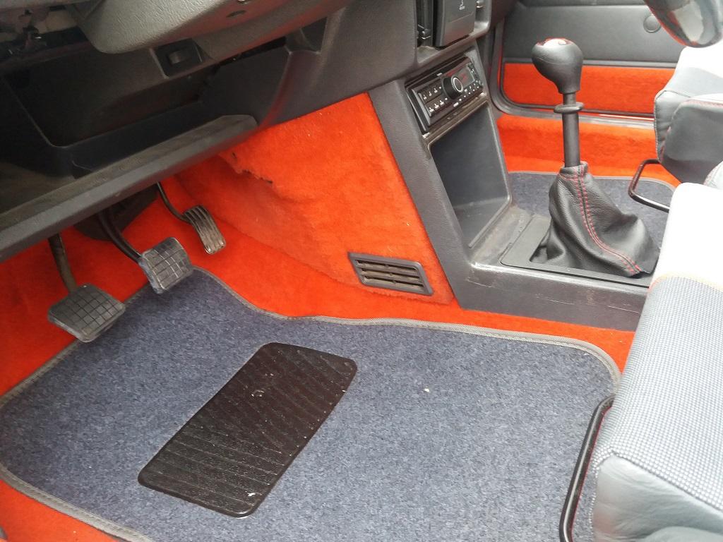 Peugeot 205 1.9 GTI 130 cv (23)