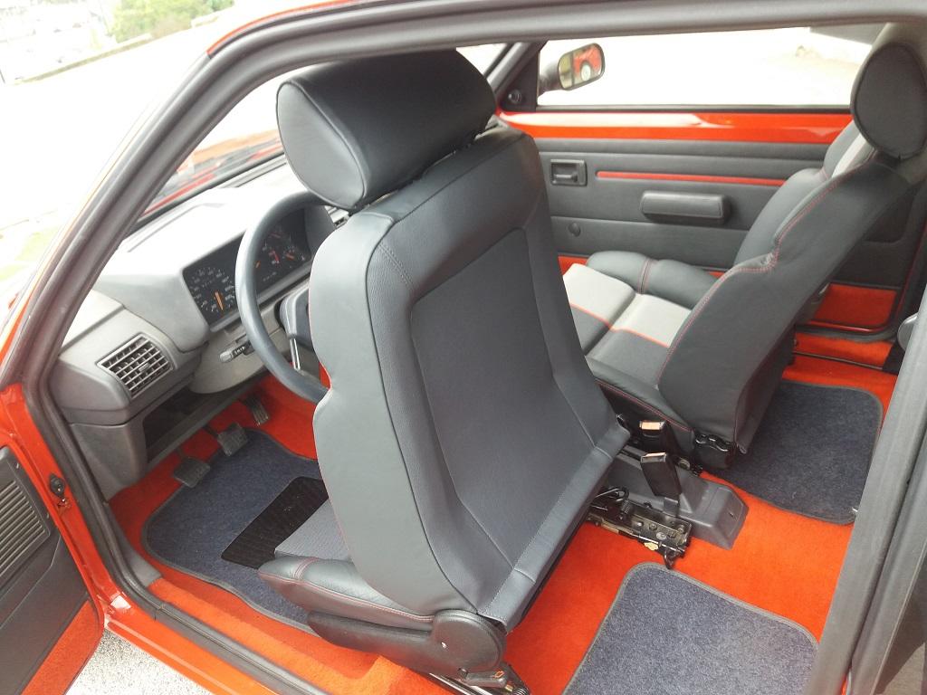 Peugeot 205 1.9 GTI 130 cv (25)