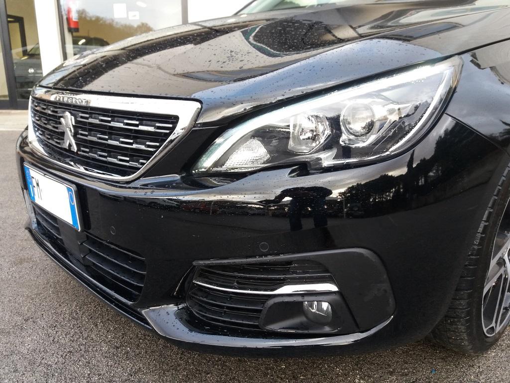 Peugeot 308 BlueHDi 120 S&S Allure (20)