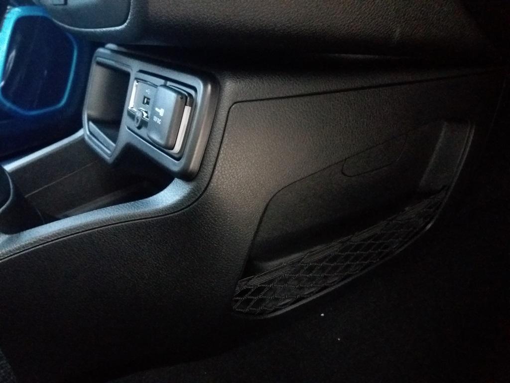 Jeep Renegade 1.6 MJET 120 cv Business MY19 (32)