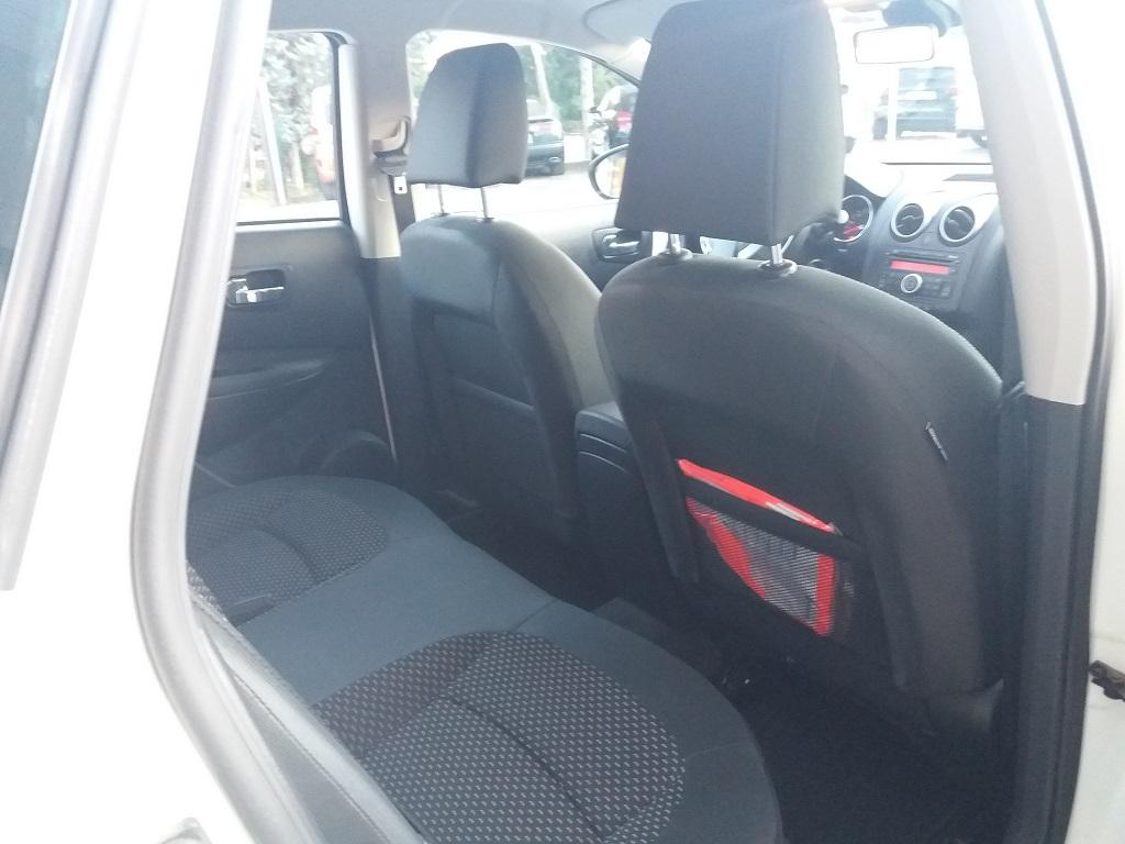 Nissan Qashqai 2.0 dCi DPF Acenta (18)
