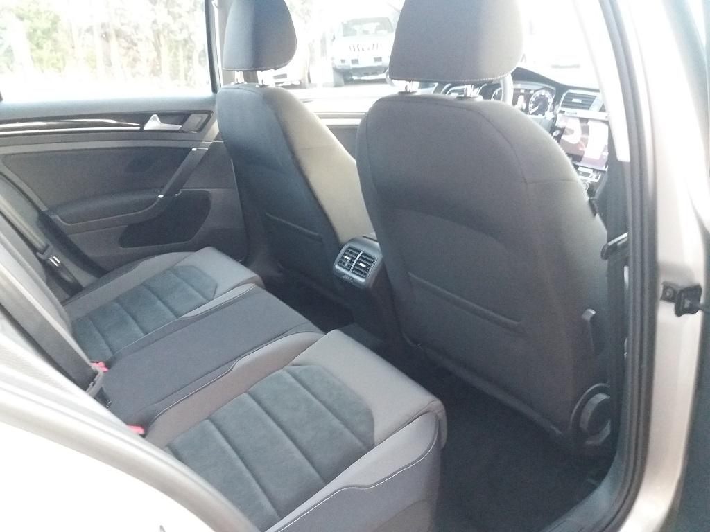 Volkswagen Golf 1.6 TDI Executive 115 cv (25)