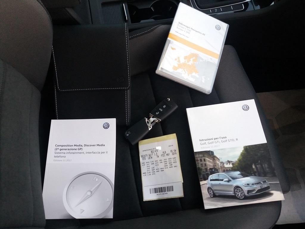 Volkswagen Golf 1.6 TDI Executive 115 cv (49)