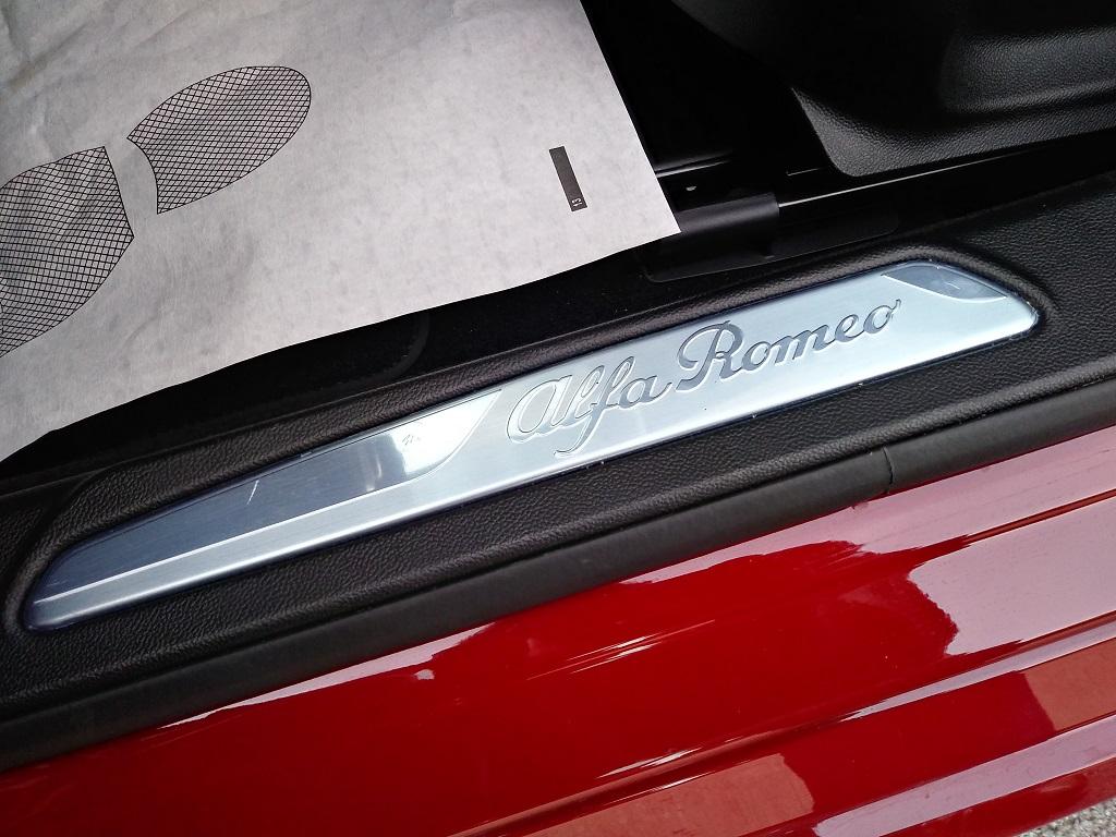 Alfa Romeo Giulia 2.2 Turbo Diesel 180 cv AT8 Super Sport Edition (24)