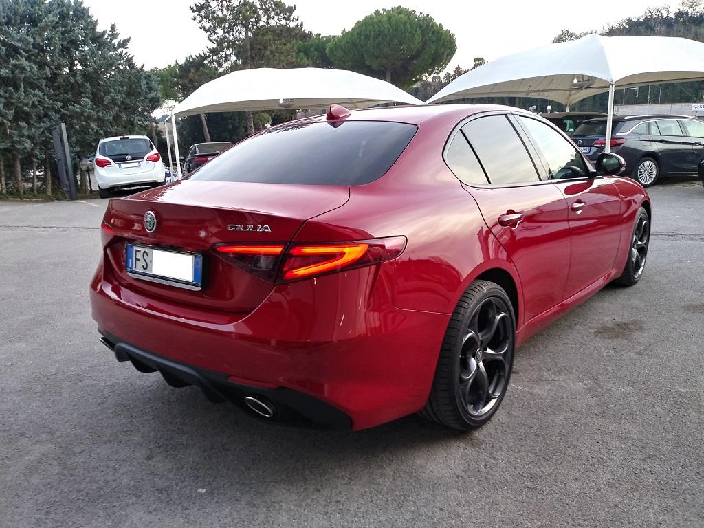 Alfa Romeo Giulia 2.2 Turbo Diesel 180 cv AT8 Super Sport Edition (5)