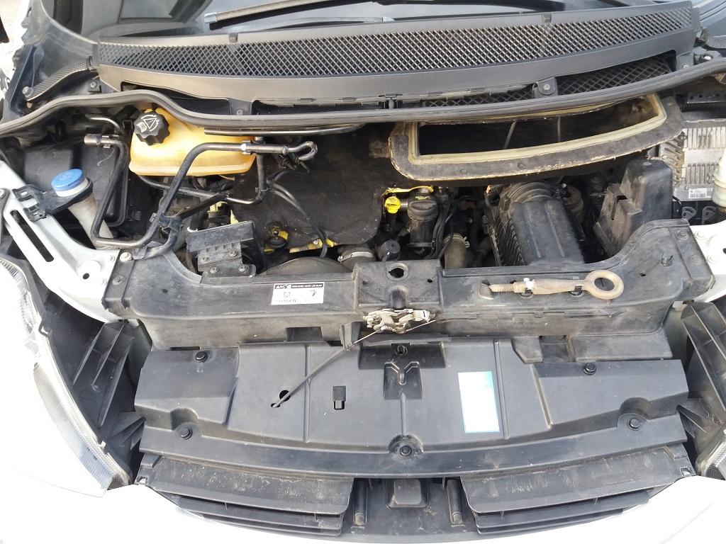 Citroen C8 2.0 HDi 136 cv FAP Seduction (39)