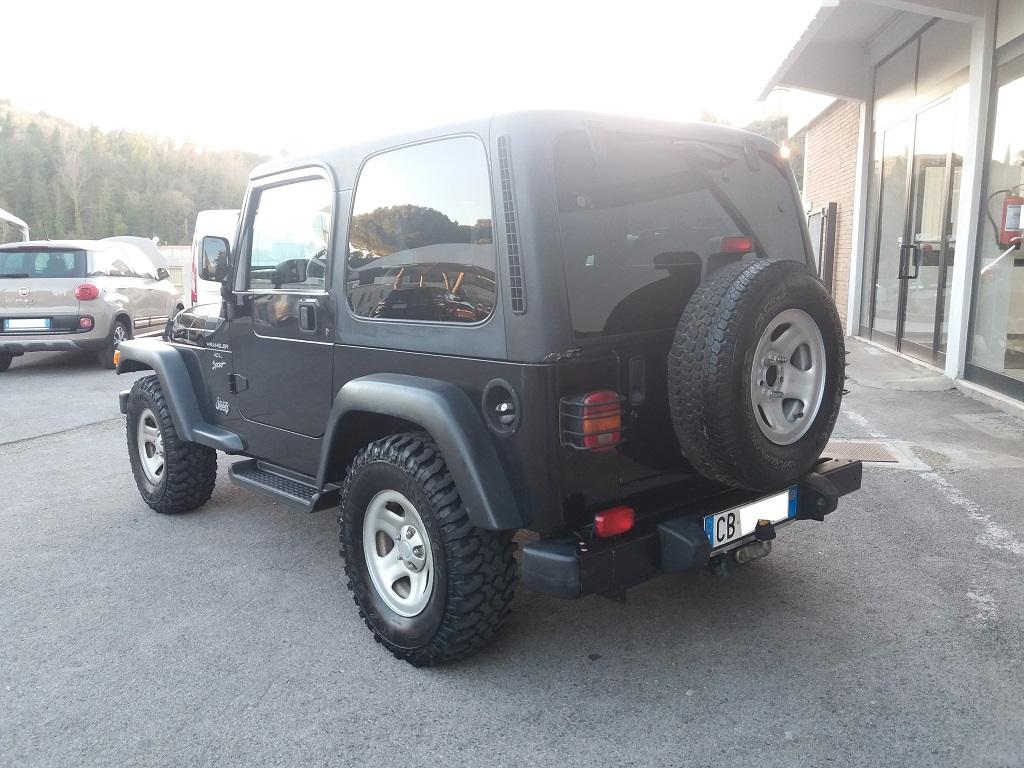 Jeep Wrangler TJ 4.0 Sport (3)