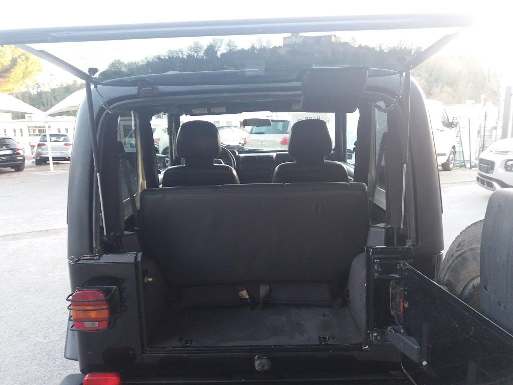 Jeep Wrangler TJ 4.0 Sport (30)