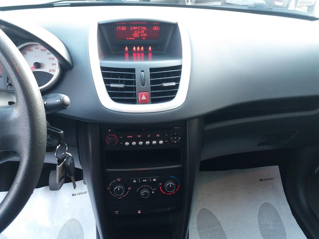 Peugeot 207 1.4 HDi 70 cv 3p Energie Sport (10)