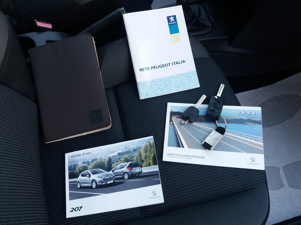 Peugeot 207 1.4 HDi 70 cv 3p Energie Sport (32)