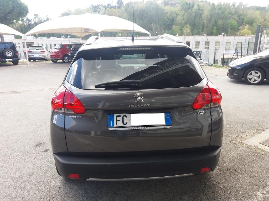 Peugeot 2008 BlueHDi 100 Allure (4)