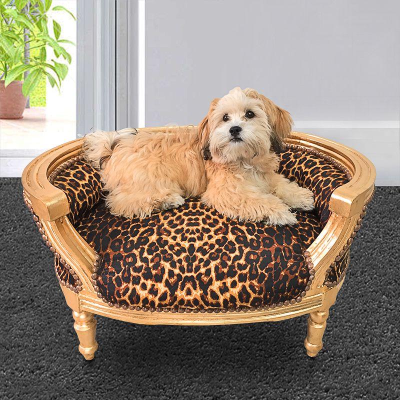 canape lit pour chien ou chat baroque tissu leopard et bois dore