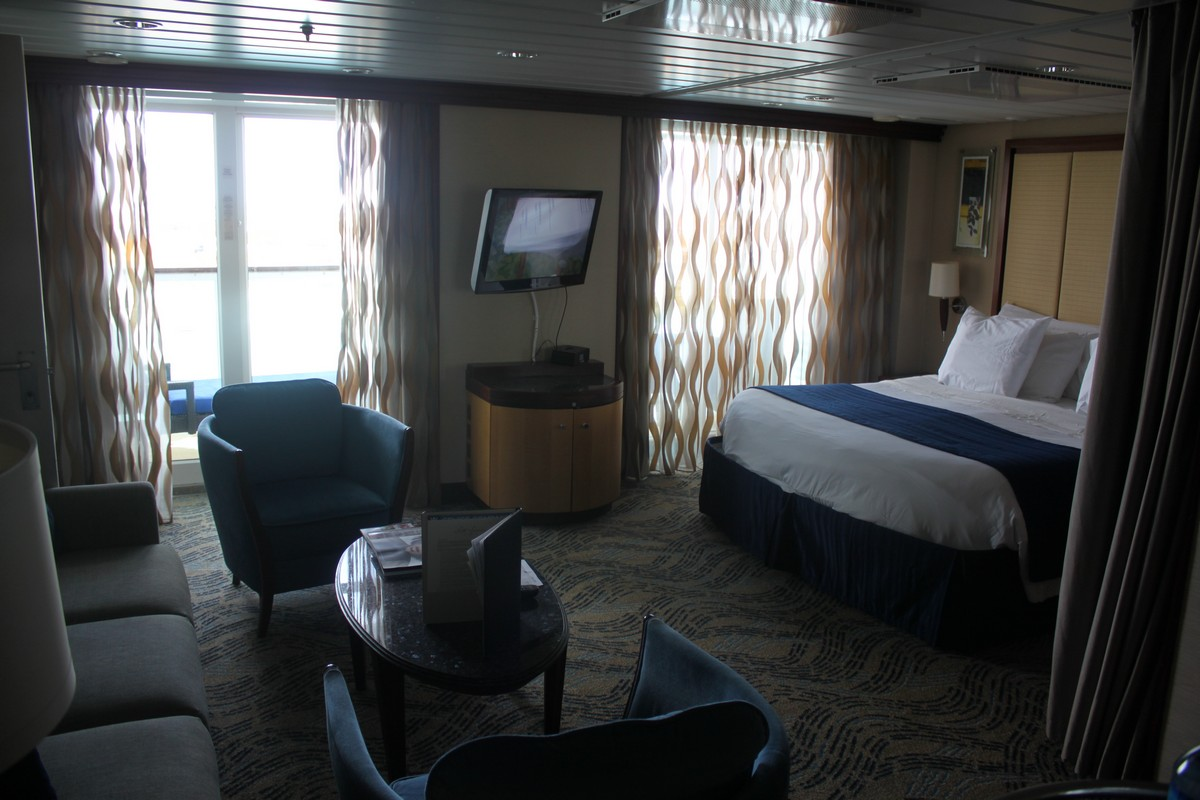 Independence Suites Seas