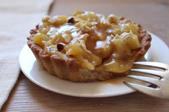 tartelettes pommes caramel noisettes (2)